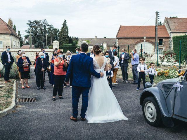 Le mariage de Alexis et Laure à Verneuil-en-Halatte, Oise 43