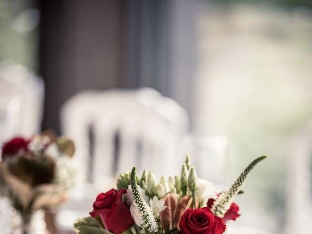 Le mariage de Eyup et Sarah à Entrecasteaux, Var 52