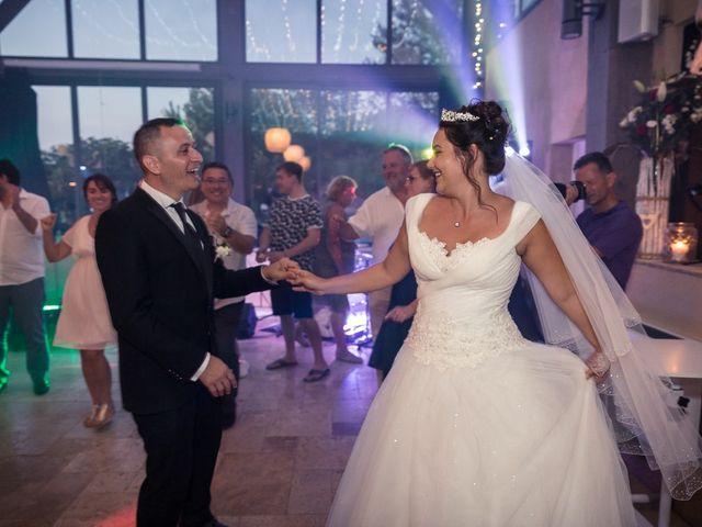 Le mariage de Eyup et Sarah à Entrecasteaux, Var 57