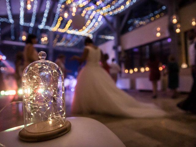 Le mariage de Eyup et Sarah à Entrecasteaux, Var 74