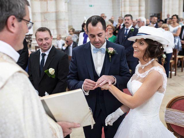 Le mariage de Edouard et Laurence à Saint-Riquier, Somme 18