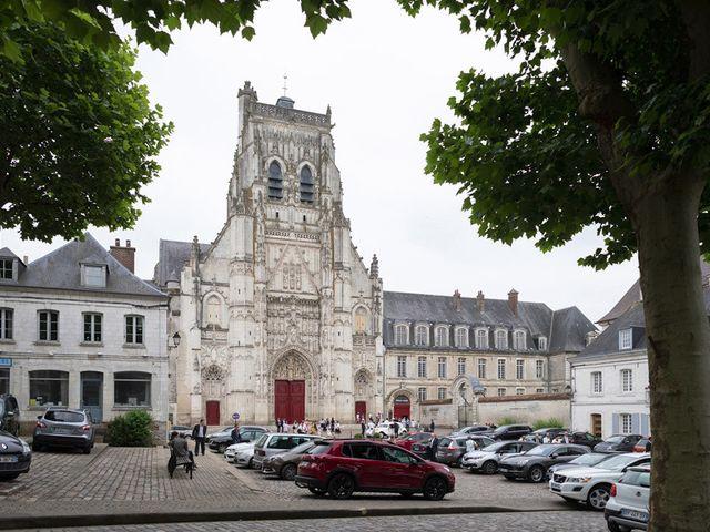 Le mariage de Edouard et Laurence à Saint-Riquier, Somme 24