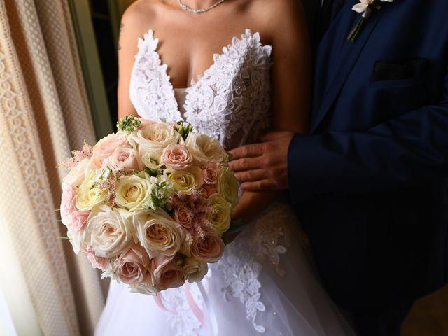 Le mariage de Gaël  et Julie  à Saint-Apollinaire, Côte d'Or 15