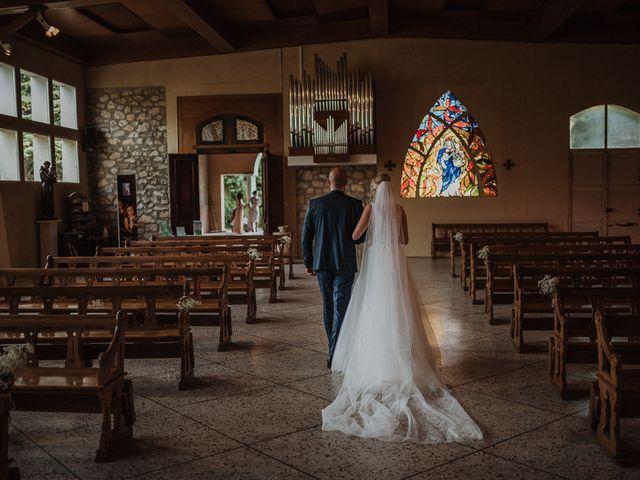 Le mariage de Gaël et Mélissa à Beaucaire, Gard 29