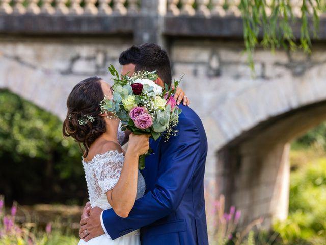 Le mariage de Valentin et Celine à Saint-Pardoux-la-Rivière, Dordogne 33