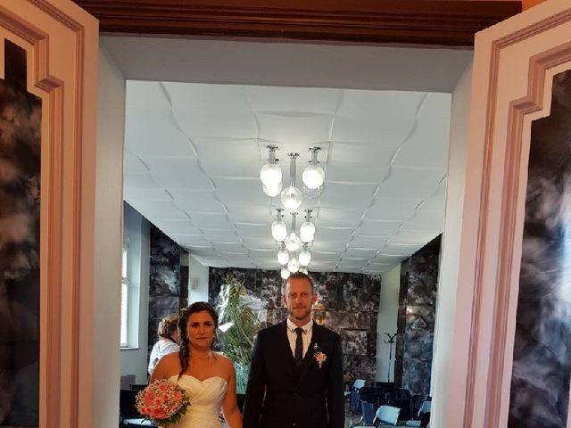 Le mariage de Sandy et Elodie à Sains-du-Nord, Nord 1