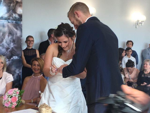 Le mariage de Sandy et Elodie à Sains-du-Nord, Nord 4