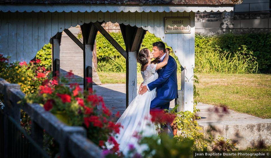 Le mariage de Valentin et Celine à Saint-Pardoux-la-Rivière, Dordogne