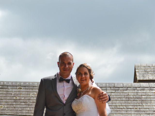Le mariage de Isaüra et Allan à Sainte-Suzanne, Mayenne 15