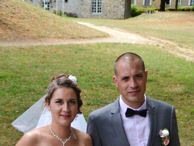 Le mariage de Isaüra et Allan à Sainte-Suzanne, Mayenne 1
