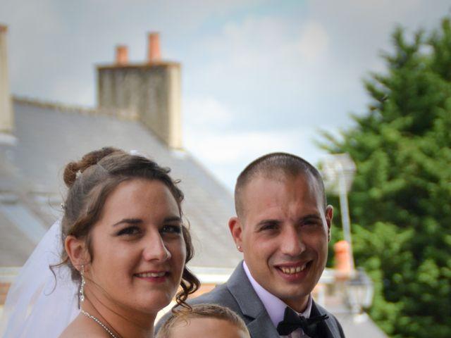 Le mariage de Isaüra et Allan à Sainte-Suzanne, Mayenne 2