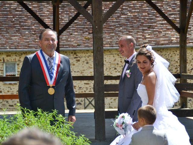 Le mariage de Isaüra et Allan à Sainte-Suzanne, Mayenne 25