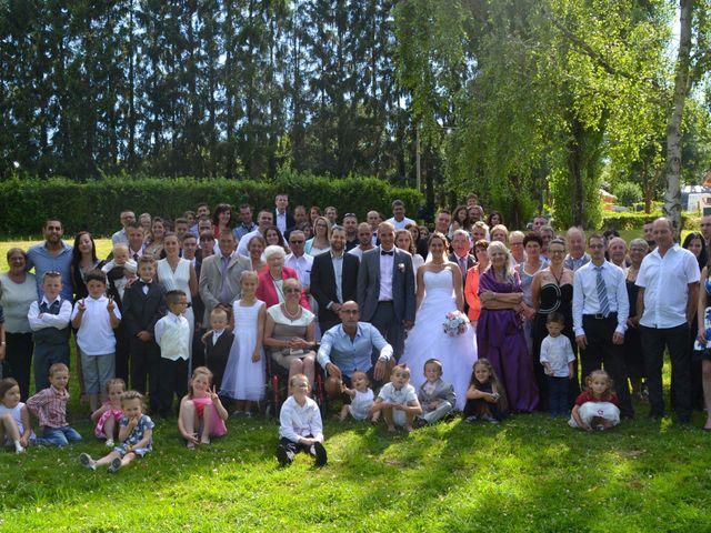 Le mariage de Isaüra et Allan à Sainte-Suzanne, Mayenne 32