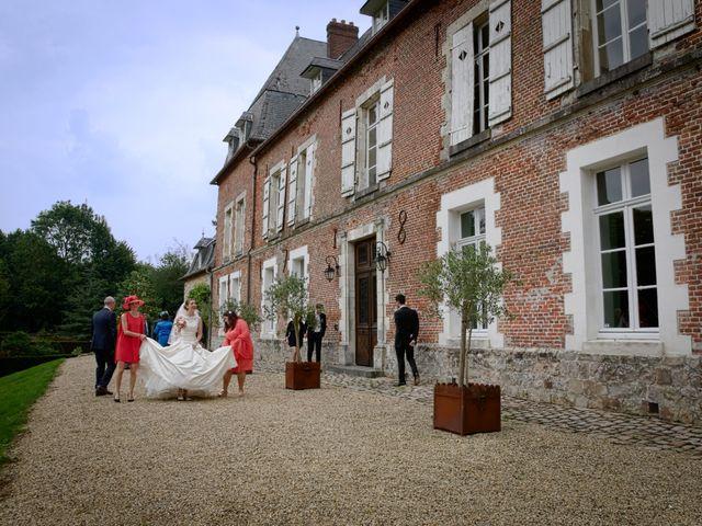 Le mariage de Thibault et Aurélie à Saint-Quentin, Aisne 14