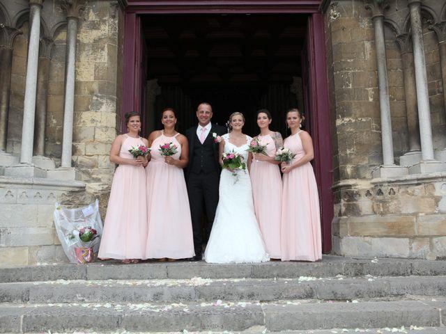 Le mariage de Djamal et Laurette à Eu, Seine-Maritime 55