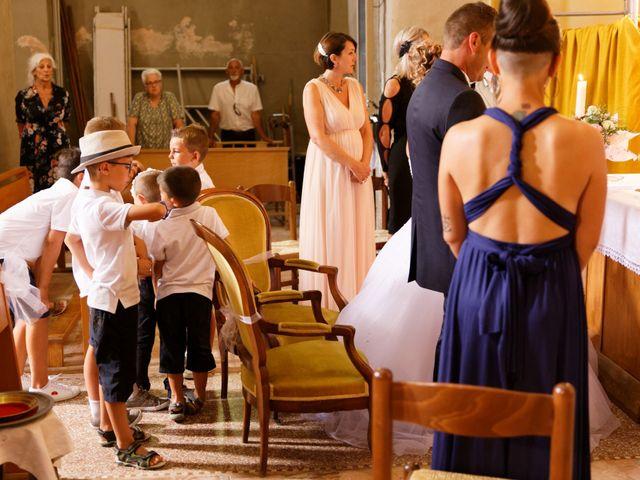 Le mariage de Nicolas et Lola à Alzon, Gard 19
