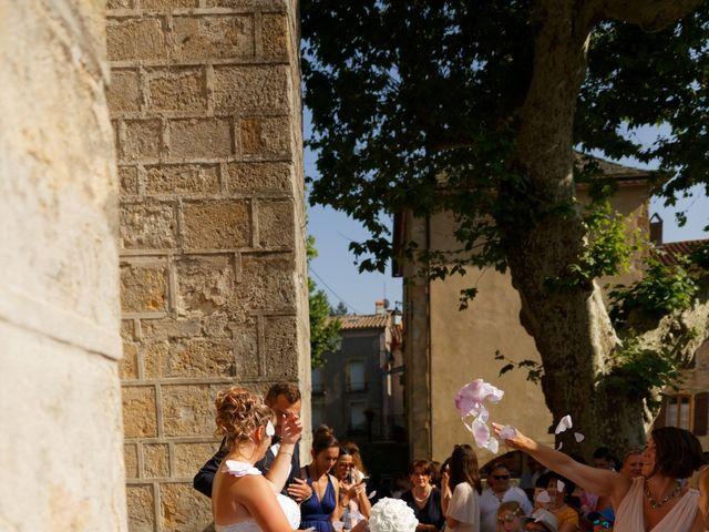 Le mariage de Nicolas et Lola à Alzon, Gard 23