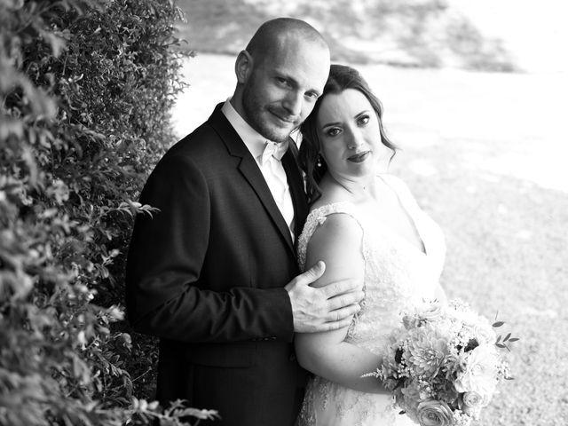 Le mariage de Nicolas et Sarah à Pont-de-Pany, Côte d'Or 21