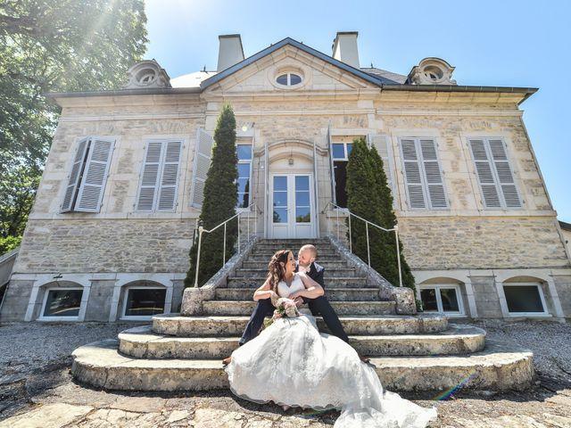 Le mariage de Nicolas et Sarah à Pont-de-Pany, Côte d'Or 24