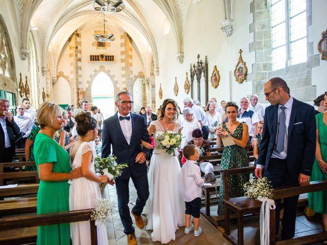 Le mariage de Guillaume et Céline à Locoal-Mendon, Morbihan 24