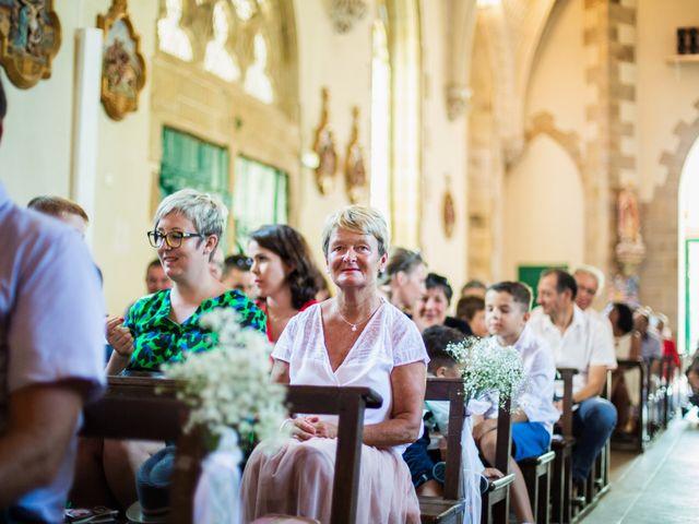 Le mariage de Guillaume et Céline à Locoal-Mendon, Morbihan 30