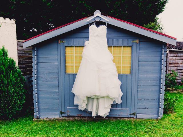 Le mariage de Sébastien et Anaïs à Sebourg, Nord 4