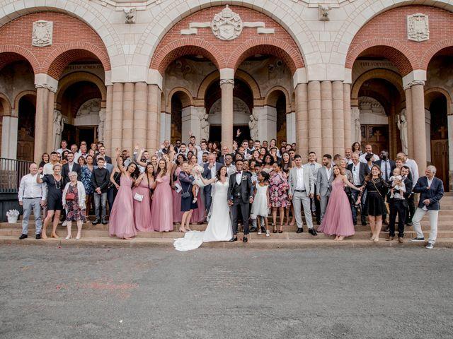 Le mariage de Fabrice et Léna à Cholet, Maine et Loire 11