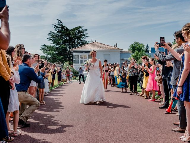 Le mariage de Bastien et Marie à Bordeaux, Gironde 53