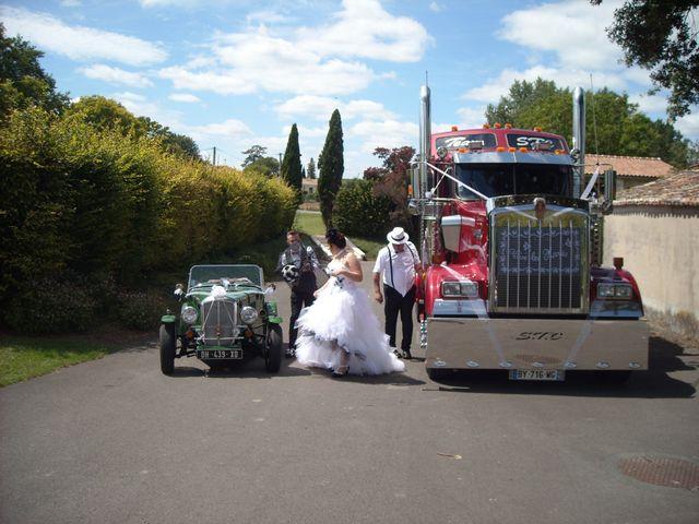 Le mariage de Jeremy et Alexandra à Birac, Charente 30