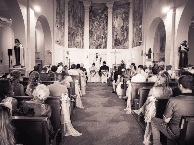 Le mariage de Mickaël et Marine à La Seyne-sur-Mer, Var 11