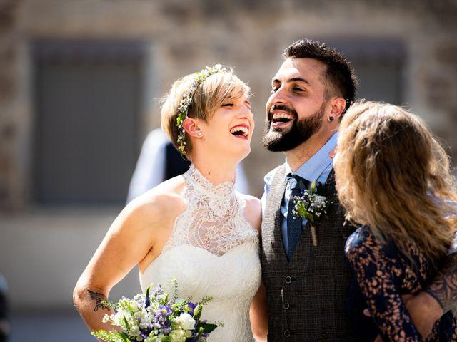 Le mariage de Thibault et Marion à Saint-Romain-de-Popey, Rhône 1