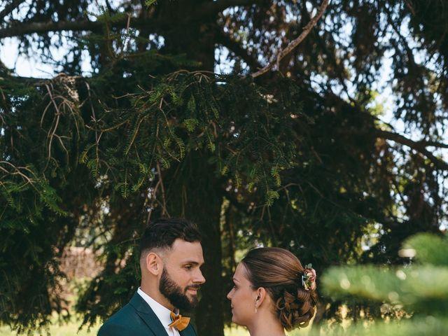 Le mariage de Loic et Cassandre à Véranne, Loire 12