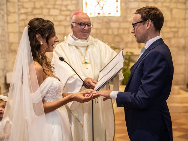 Le mariage de James et Claire à Allemans, Dordogne 26