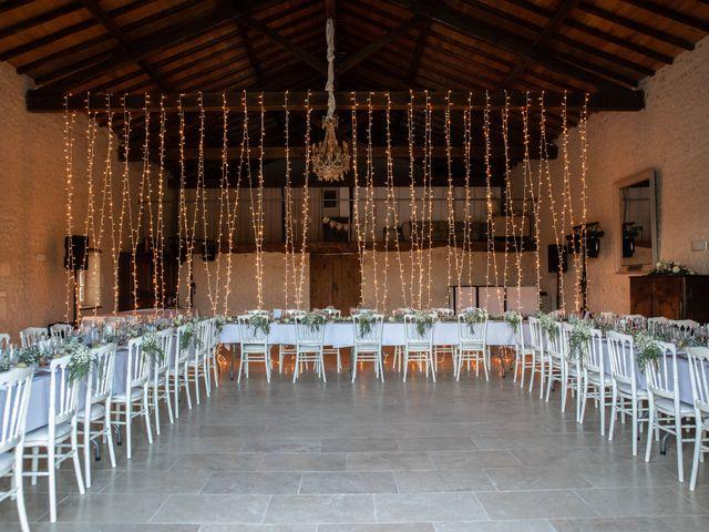 Le mariage de James et Claire à Allemans, Dordogne 31