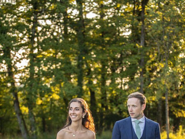Le mariage de James et Claire à Allemans, Dordogne 42