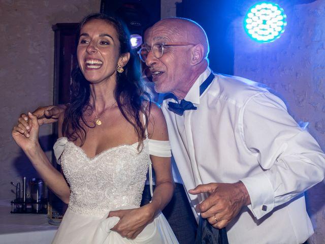 Le mariage de James et Claire à Allemans, Dordogne 51