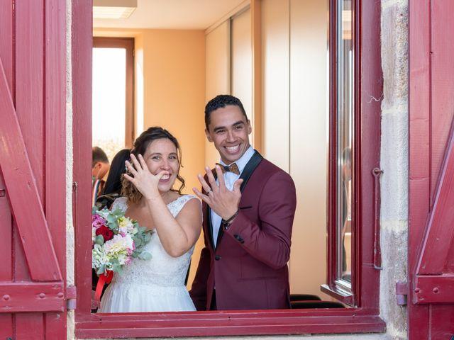 Le mariage de Adil et Élodie à Moulins, Allier 24