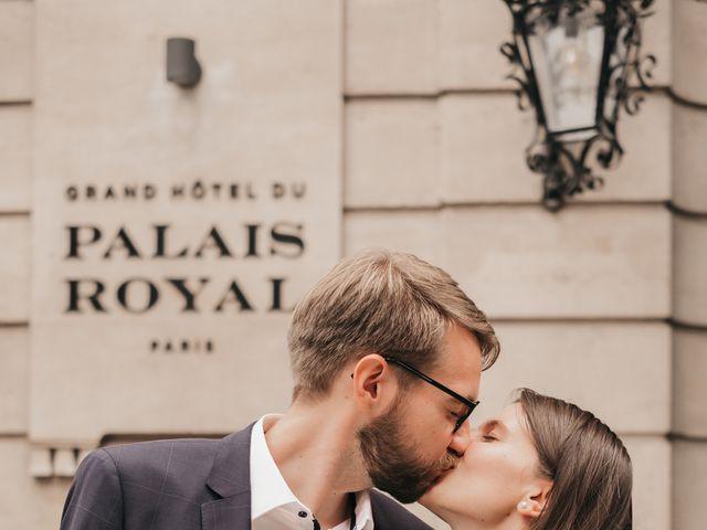 Le mariage de Karol et Laura à Paris, Paris 7