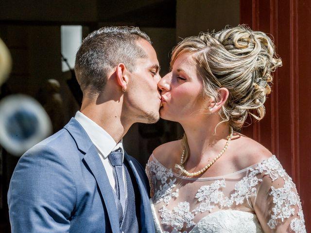 Le mariage de Romain et Fanny à Buxerolles, Vienne 19