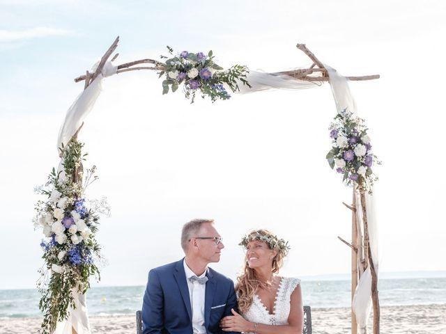 Le mariage de Jean-Christophe et Fabienne à Le Grau-du-Roi, Gard 30