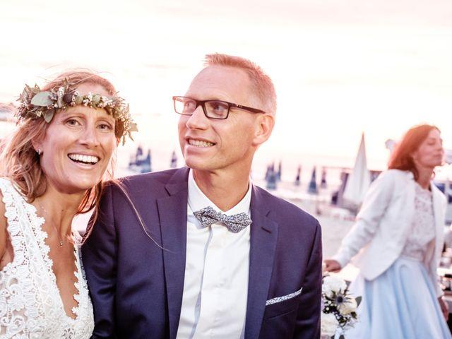 Le mariage de Jean-Christophe et Fabienne à Le Grau-du-Roi, Gard 31
