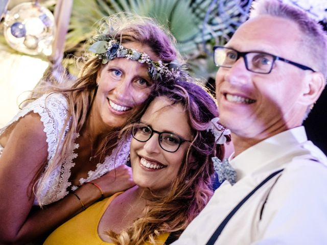 Le mariage de Jean-Christophe et Fabienne à Le Grau-du-Roi, Gard 32