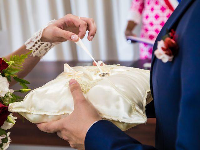 Le mariage de Fayçal et Margaux à Saint-Cyr-l'École, Yvelines 15