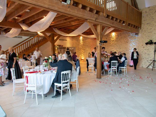 Le mariage de Fayçal et Margaux à Saint-Cyr-l'École, Yvelines 75