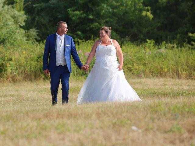 Le mariage de Régis et Cécile à Villiers-le-Morhier, Eure-et-Loir 32