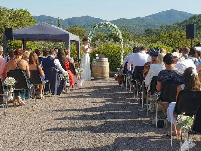 Le mariage de Arielle et Axelle à Roquebrune-sur Argens, Var 1