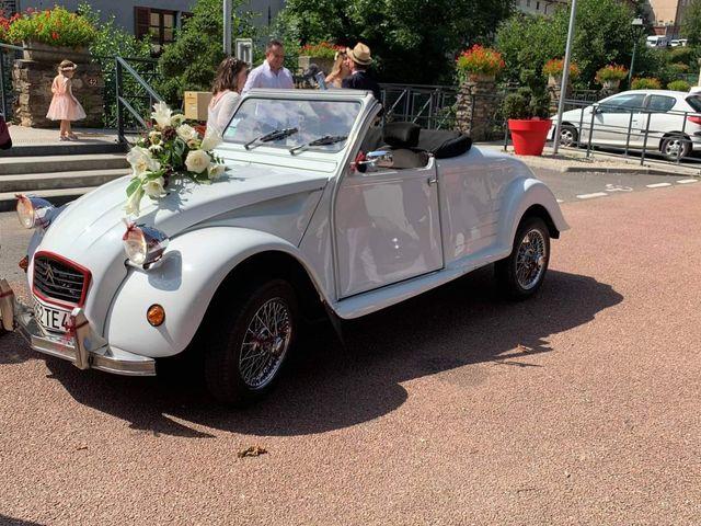 Le mariage de Yann et Élise à La Terrasse-sur-Dorlay, Loire 10