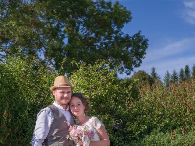 Le mariage de Joseph et Laure à Chomelix, Haute-Loire 11
