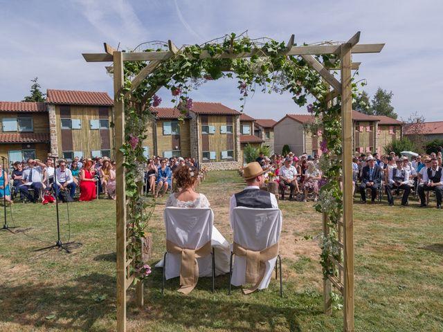 Le mariage de Joseph et Laure à Chomelix, Haute-Loire 19
