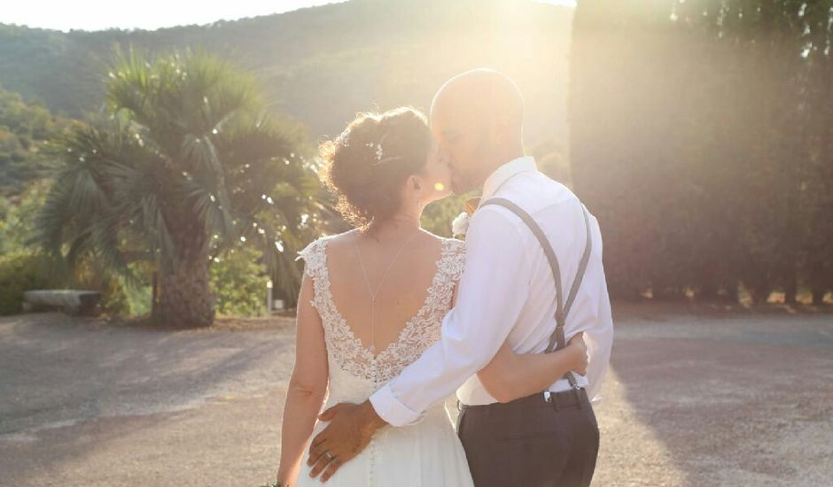 Le mariage de Arielle et Axelle à Roquebrune-sur Argens, Var